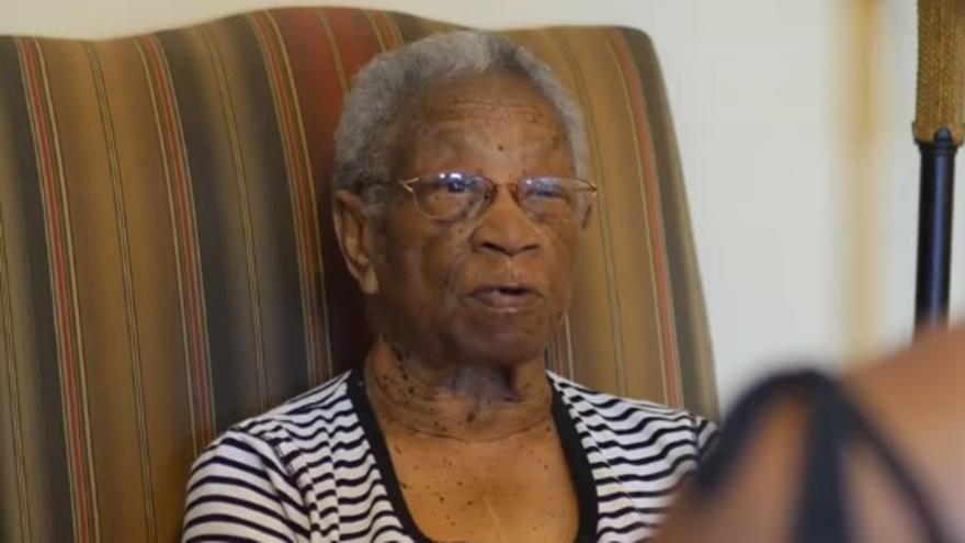 Mama Rose, tía abuela de Imara Jones y persona muy cercana a su madre, ya fallecida.