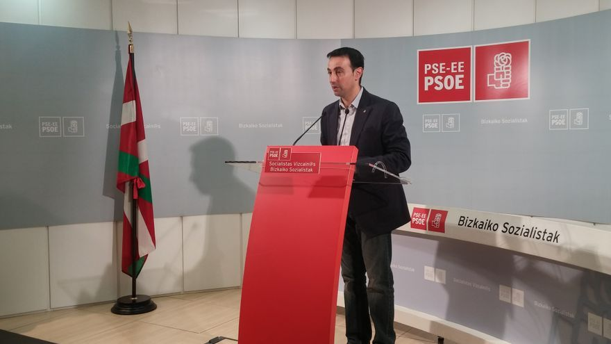 Mikel Torres presenta su candidatura a la Secretaría General del PSE en Bizkaia.