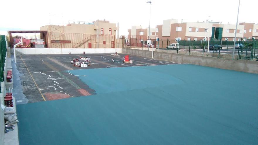 En la imagen, la instalaciones deportivas de La Laguna sometidas a labores de renovación.