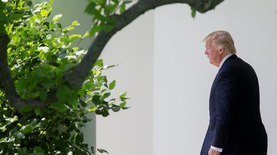 El presidente de EEUU Donald Trump llega a Riad en su primera gira internacional