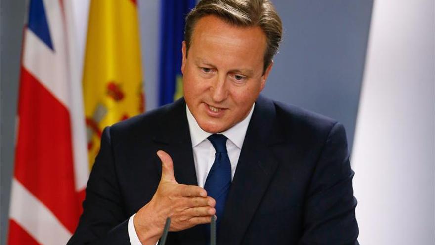 Cameron respalda a Rajoy y sitúa fuera de la UE a una Cataluña independiente
