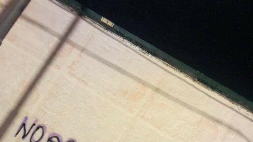 Mensaje con el número de las socorristas en la ciudad argentina de Córdoba. NATI LUCEROS