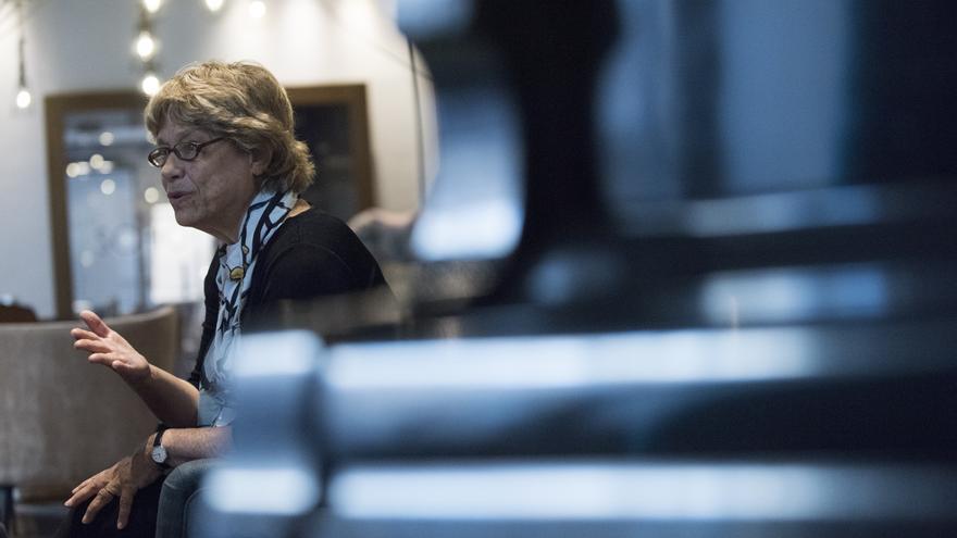 Jane Lazarre durante la entrevista en Madrid. FOTO: FERNANDO SÁNCHEZ