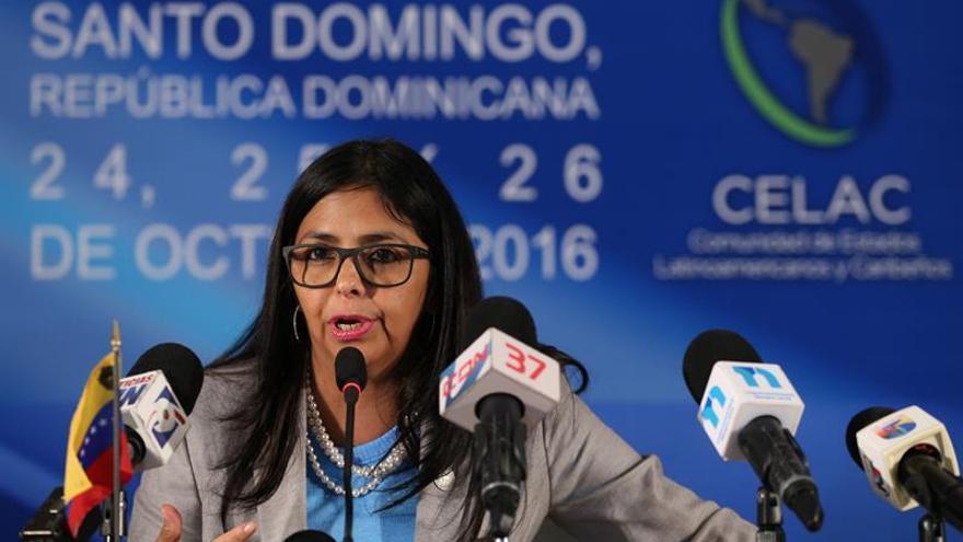 La canciller venezolana dice que la región sigue a la espera de las excusas de Kuczynski