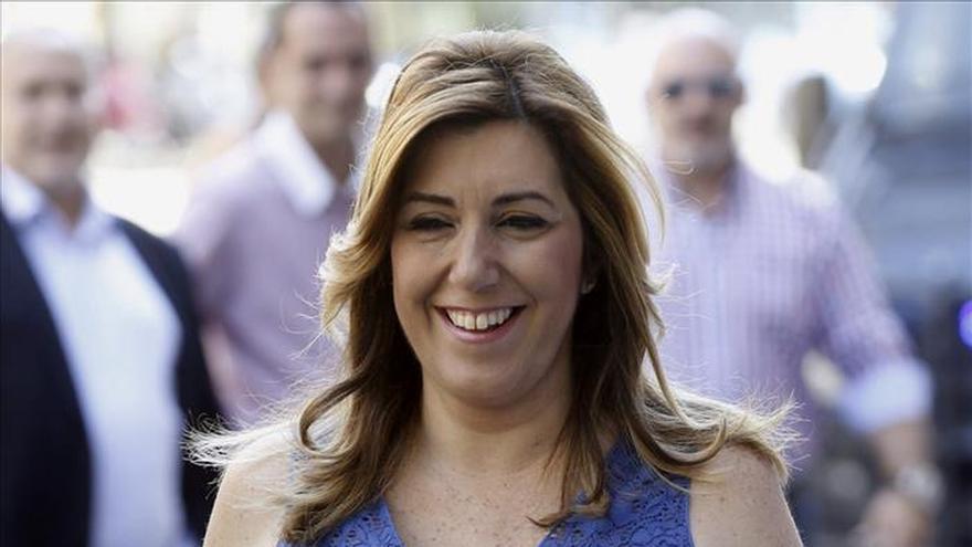 """Susana Díaz pide a Sánchez salir a ganar las elecciones """"sin hacer bloques"""""""