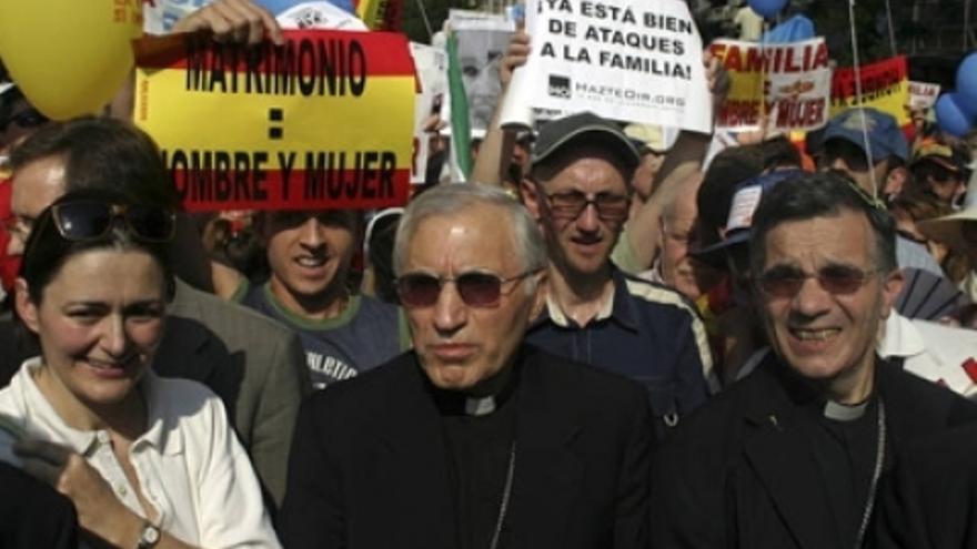 Rouco Varela en una manifestación contra la legalización del matrimonio homosexual durante el Gobierno de Zapatero. / Agencias