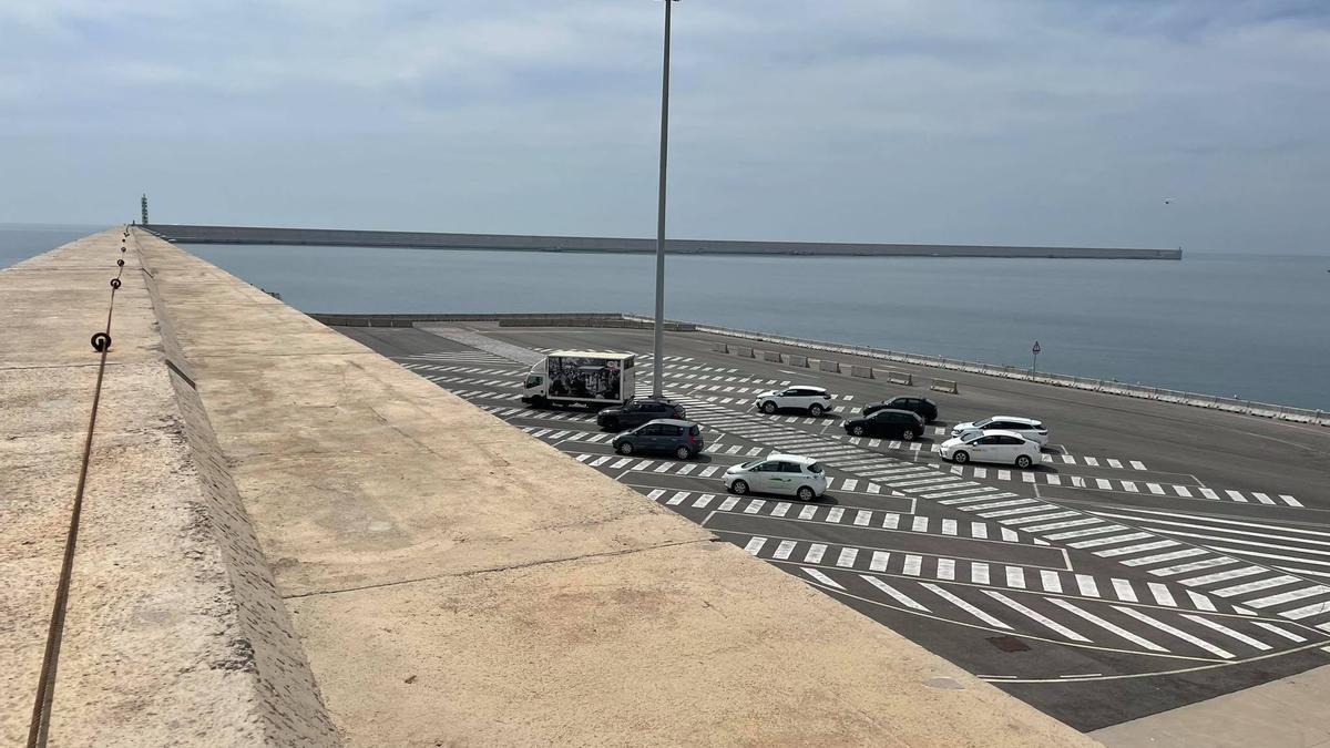 Dique norte del Puerto de València.