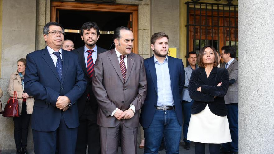 Concentración en la sede de la Delegación del Gobierno central en Toledo