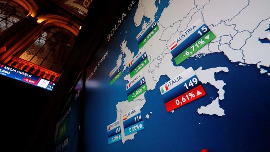 La prima de riesgo cae a 115 puntos básicos por la bajada del bono nacional