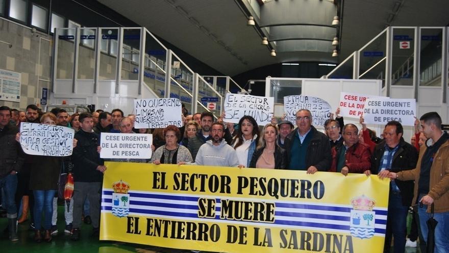 """Sector pesquero de Isla Cristina se manifestará el lunes en Sevilla ante """"la insoportable situación"""" que viven"""
