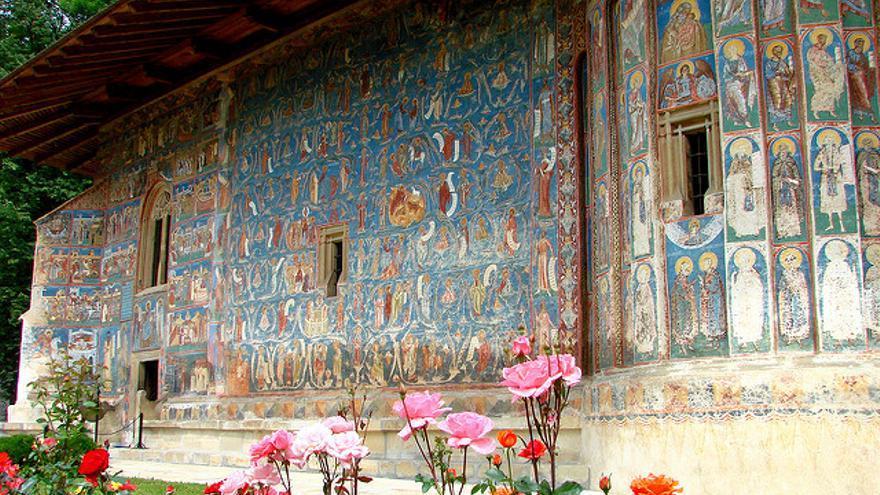 Pinturas murales del Monasterio de Voronet. Adam Jones