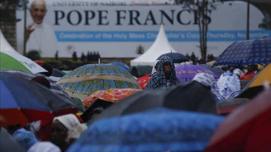 """El Papa dice que la religión no debe ser utilizada """"para justificar la violencia"""""""