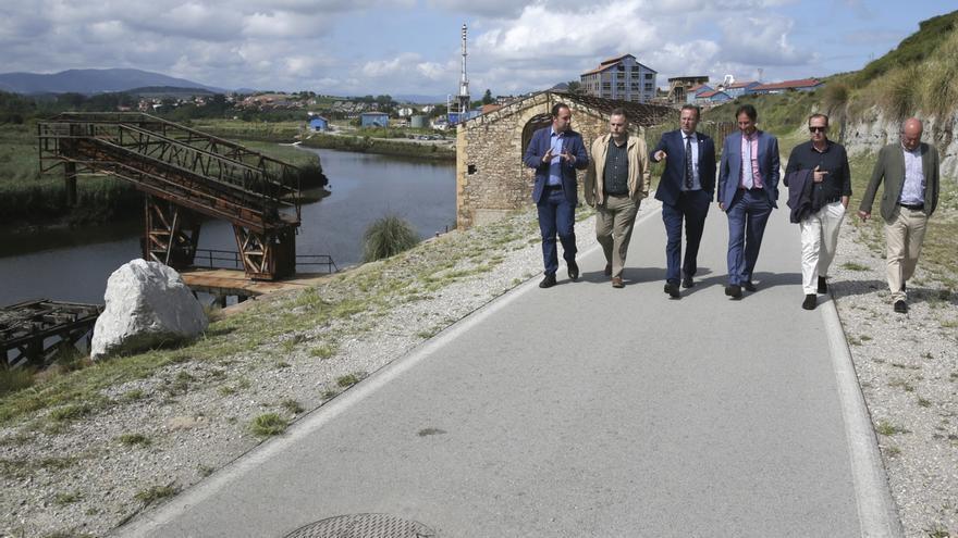 El Gobierno estudia alternativas para que los camiones a Vuelta Ostrera no pasen por Cortiguera