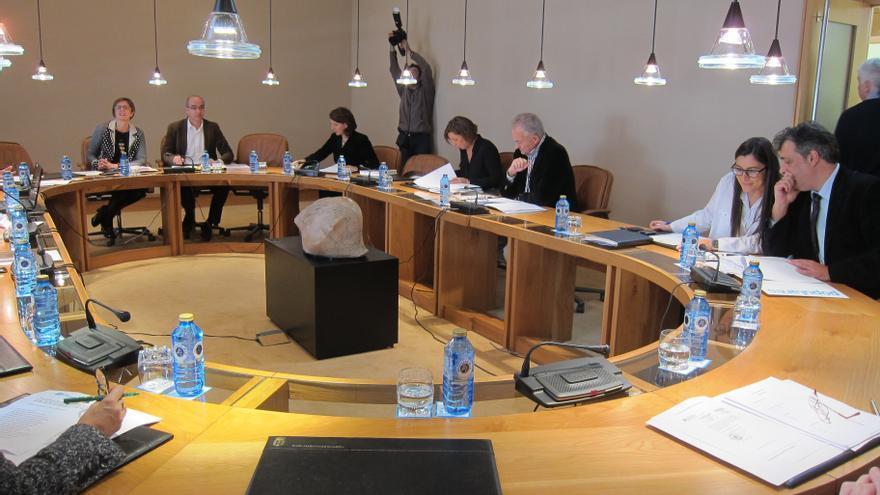 El PSdeG critica que Feijóo pida ahora una conferencia de presidentes tras rechazarla en el debate de política general