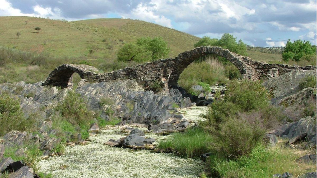 El puente pellejero de Belalcázar.
