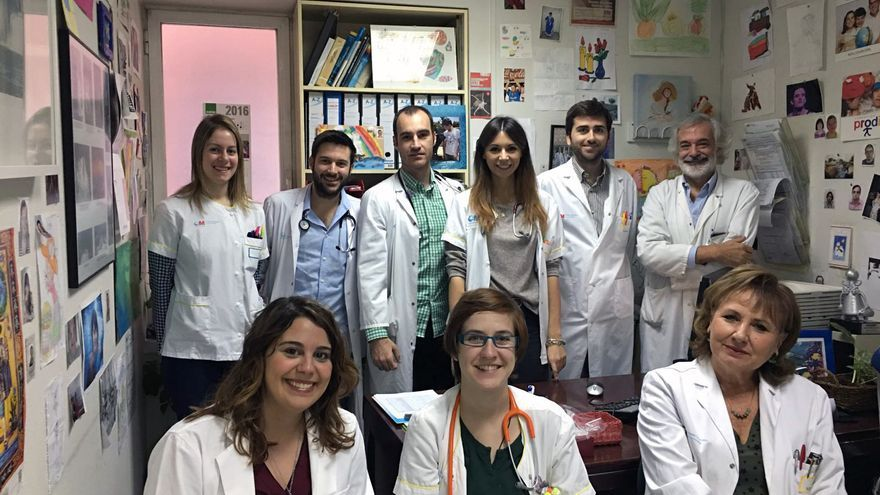 El equipo del Hospital la Princesa que participa en el estudio sobre la tercera edad en el síndrome de Down