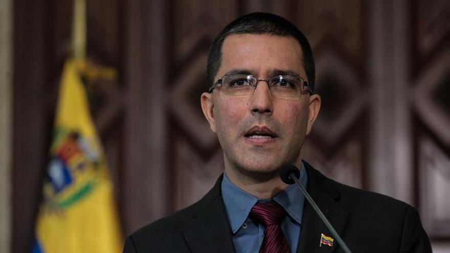 """Venezuela acusa a EE.UU. de buscar """"un cambio de régimen por la fuerza"""""""