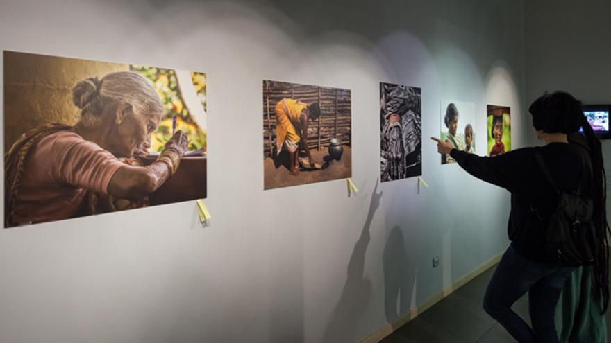 La exposición está en el centro Joaquín Roncal.