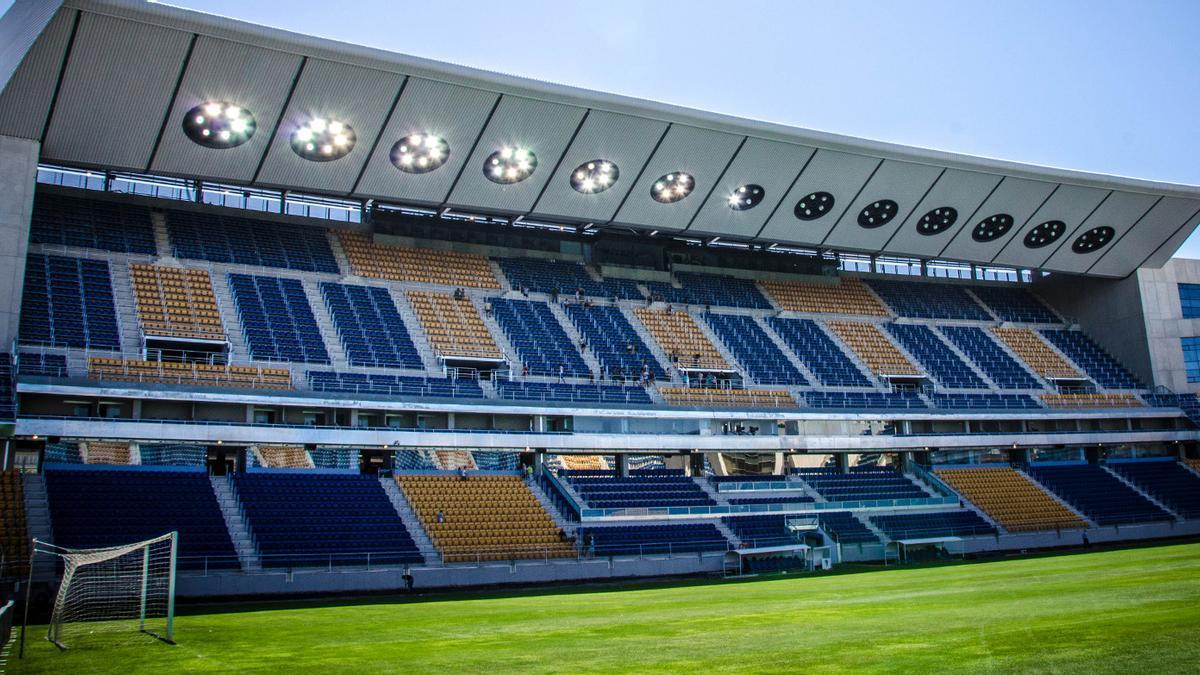 Estadio Ramón de Carranza. (EFE)