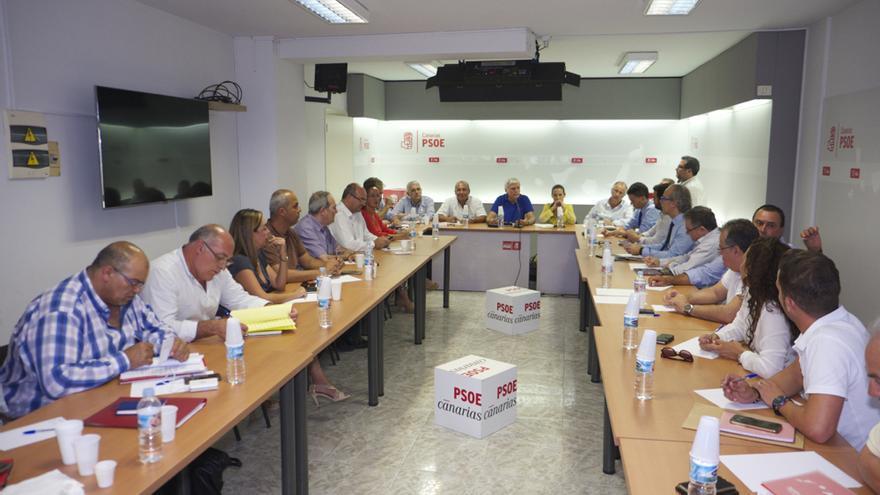 Reunión de la Comisión Ejecutiva Regional del PSOE de Canarias, celebrada este miércoles en Santa Cruz de Tenerife.