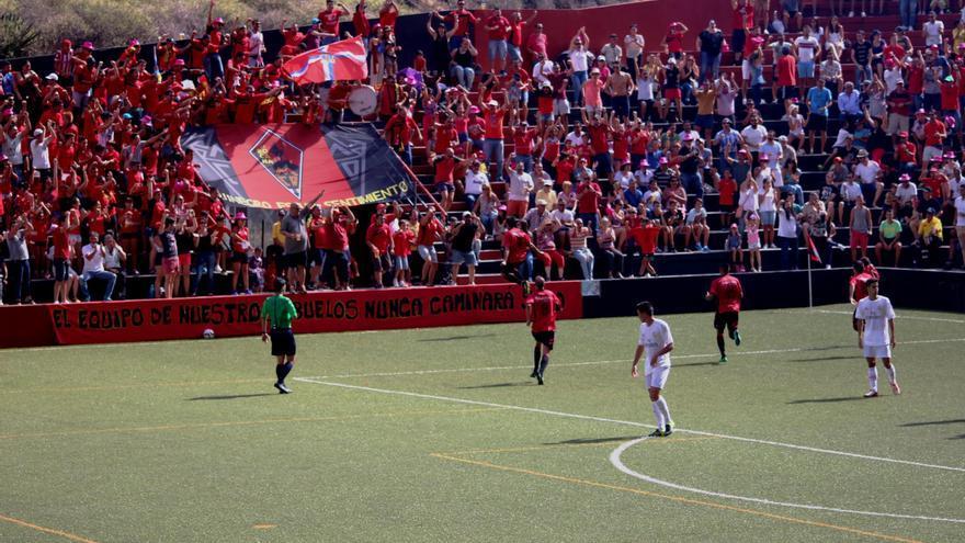 Imagen de archivo del partido CD Mensajero- Real Madrid Castilla  disputado en el estadio Silvestre Carrillo. Foto: JOSÉ AYUT.