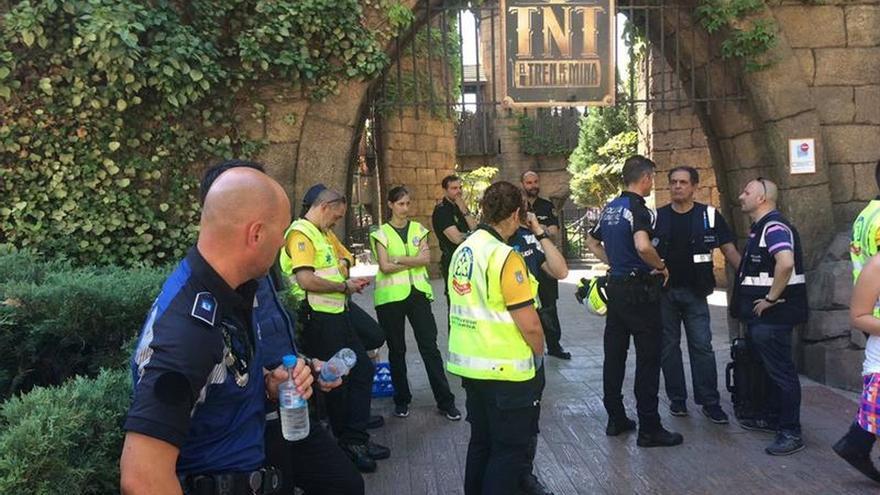 El Parque de Atracciones y la Policía buscan las causas del accidente en la montaña rusa