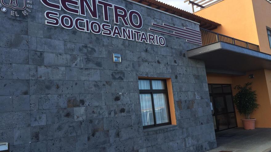El Cabildo de El Hierro y Sanidad intensifican las medidas de prevención tras el brote detectado en una residencia de mayores