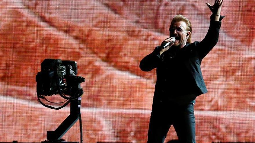 """Bono: """"Soy hombre del mundo y no creo en las fronteras políticas"""""""