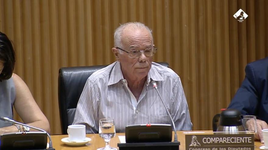 Rosendo Naseiro, durante su comparecencia en la comisión de investigación de la financiación del PP