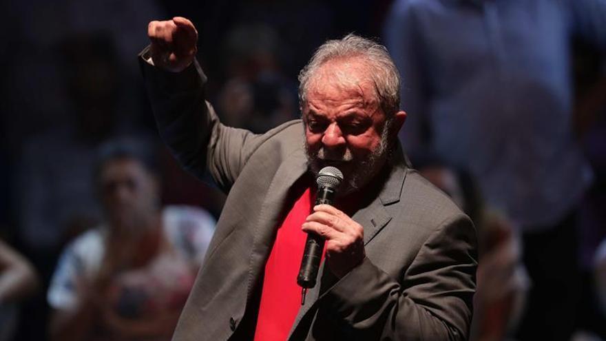 Lula dice que el 2019 será un año de resistencia y que no bajará la cabeza