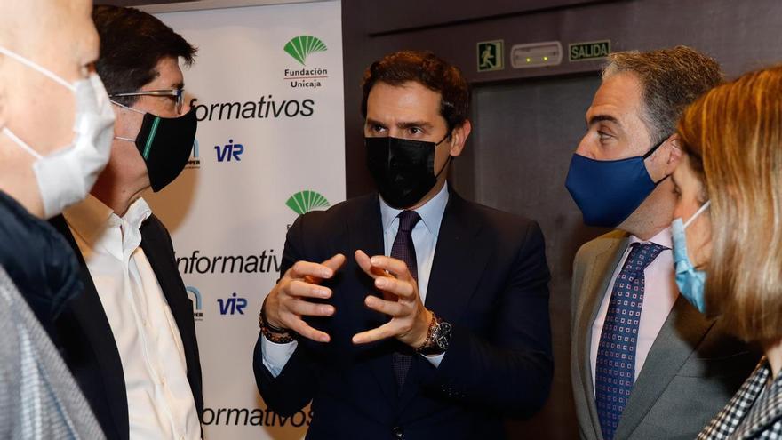 Albert Rivera, acompañado de Juan Marín y el consejero de Presidencia de la Junta, Elías Bendodo, en Málaga