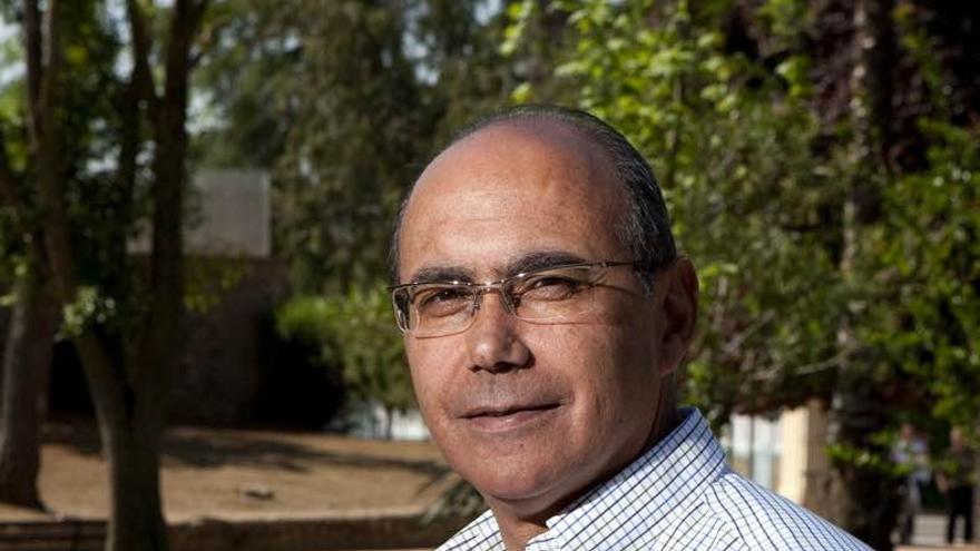 Manuel Cayado, ex alcalde de Olivenza y candidato a las primarias del PSOE