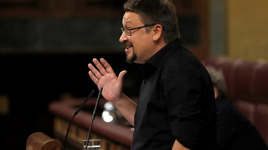 """Domènech avisa a Sáenz Santamaría de que el Estado autonómico está """"agotado"""""""