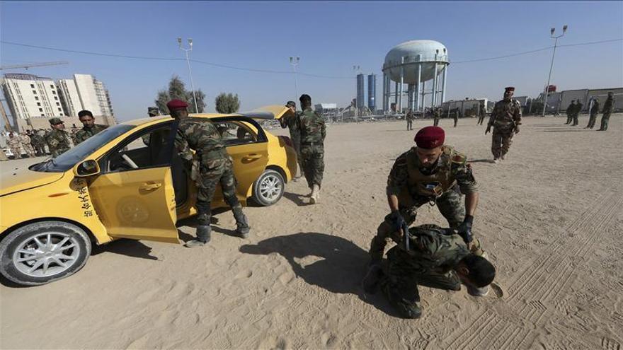 El Ejército iraquí entra en la refinería de Biyi tras desactivar las bombas del Estado Islámico
