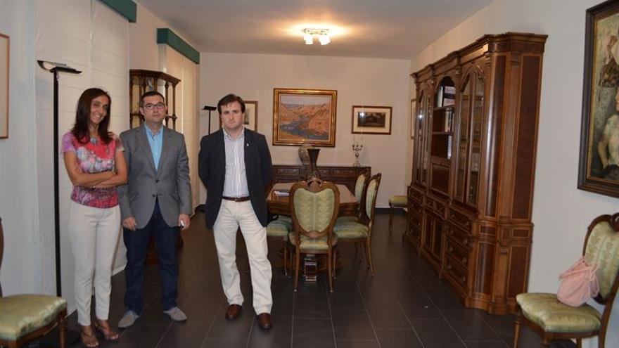 PSOE visita pisos de la diputación de Toledo