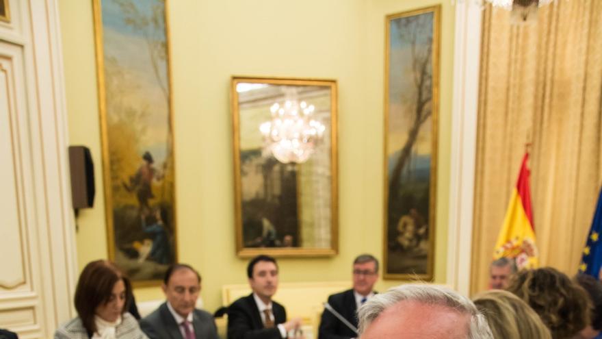 El Gobierno de Cantabria pide a Rajoy que renuncie a las reválidas de forma expresa
