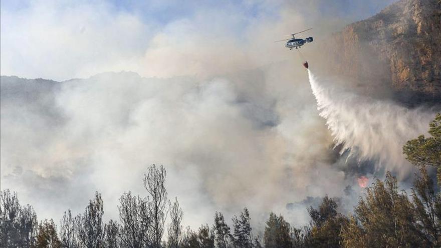 Sin llama el incendio forestal declarado esta tarde en la provincia de Valencia