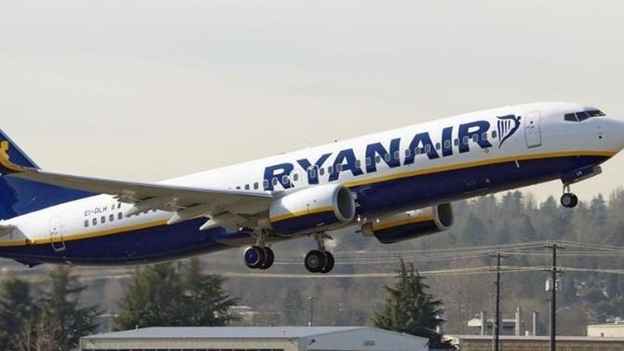 (Ampl.) Fomento se reúne mañana con autoridades de Transporte de Irlanda para tratar sobre Ryanair