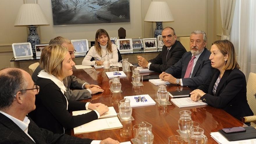 Imagen del encuentro entre la consellera Salvador y la ministra Pastor
