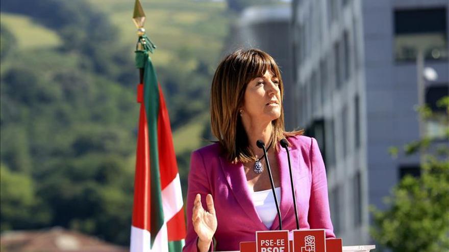 """Mendia (PSE) se ofrece a ser puente entre """"las pancartas y las instituciones"""""""
