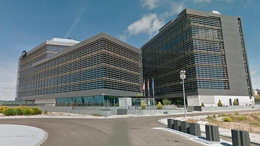 El edificio conocido como la 'Perla Negra' en Valladolid.