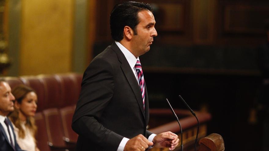 UPN lamenta la actitud del PSOE y Foro reclama la dimisión de Pedro Sánchez por bloquear