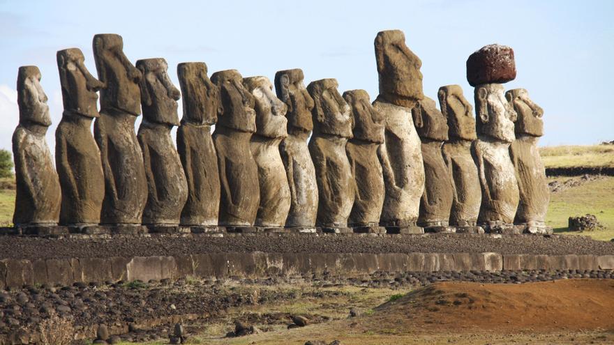 Isla de Pascua pertenece a Chile, pero el territorio se encuentra a cinco horas en avión del continente.