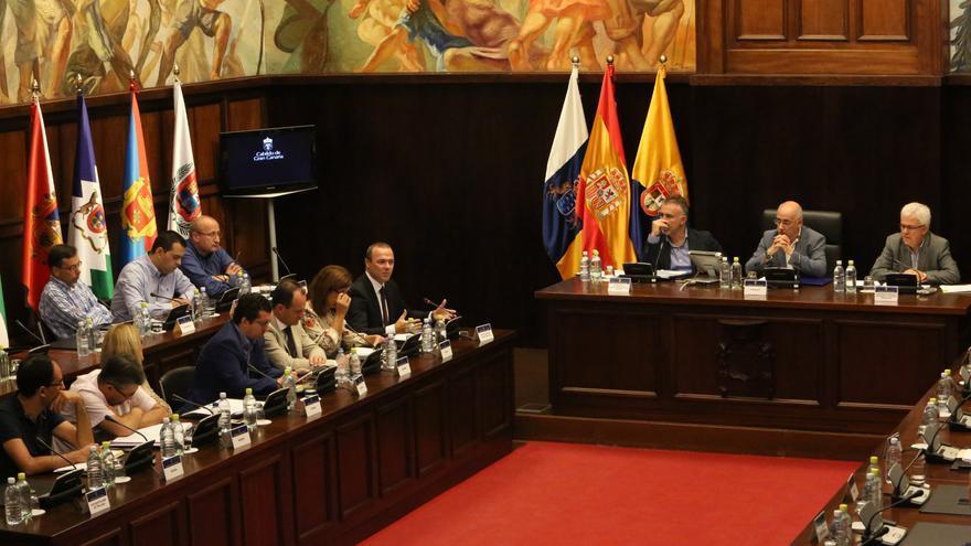Asamblea de Alcaldes del Consejo Insular de Corporaciones Locales (ALEJANDRO RAMOS)