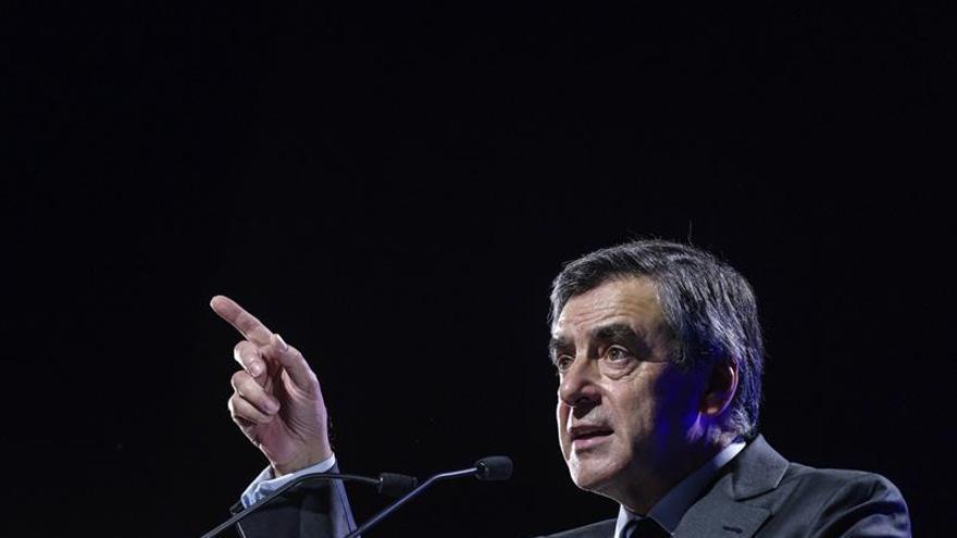 Los barones de Fillon exigen una investigación de un gabinete oculto de Hollande