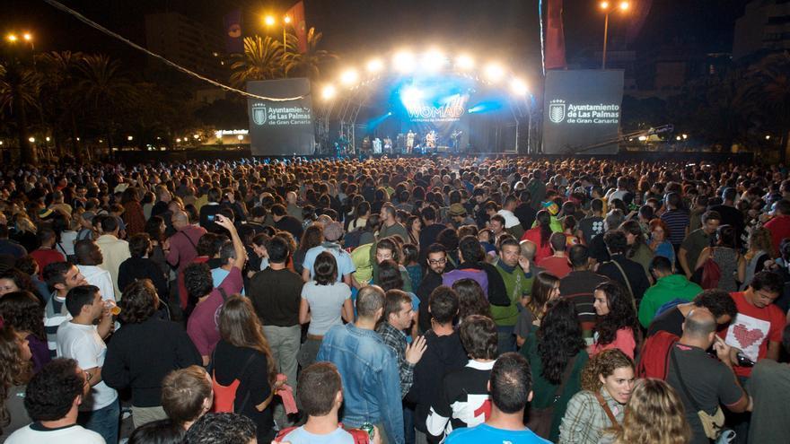 El público asiste a un concierto de una de las ediciones del Womad en Las Palmas de Gran Canaria. EFE