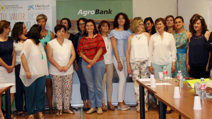 Mujeres de la Comisión de Igualdad de Cooperativas Agroalimentarias de Castilla-La Mancha