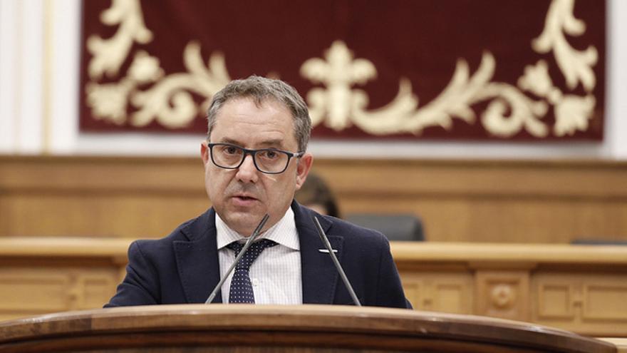 Antonio Martínez (PP), en el Pleno de las Cortes