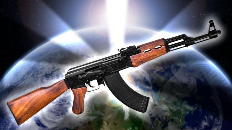 AK-47, el fusil más fiable y extendido del planeta. (Adar Santana)