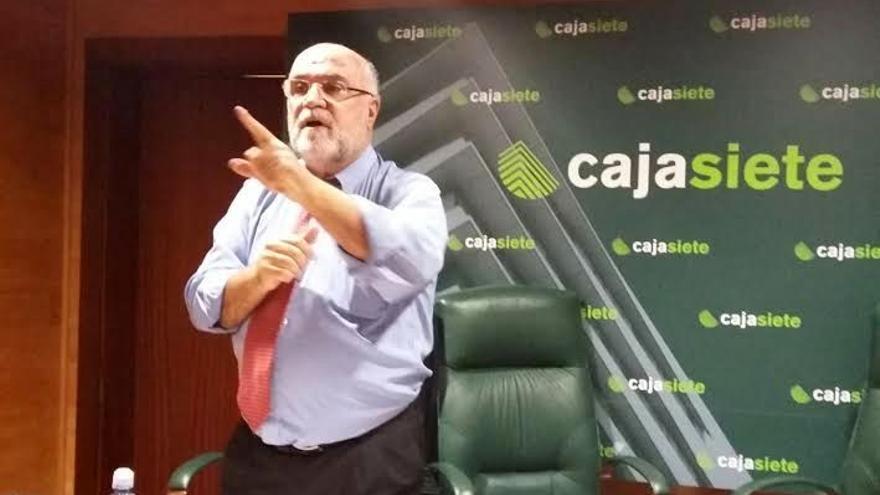 Salvador García Llanos, nuevo presidente de la Asociación de la Prensa de Tenerife (APT)